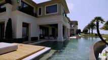 Découvrez cette magnifique piscine de luxe