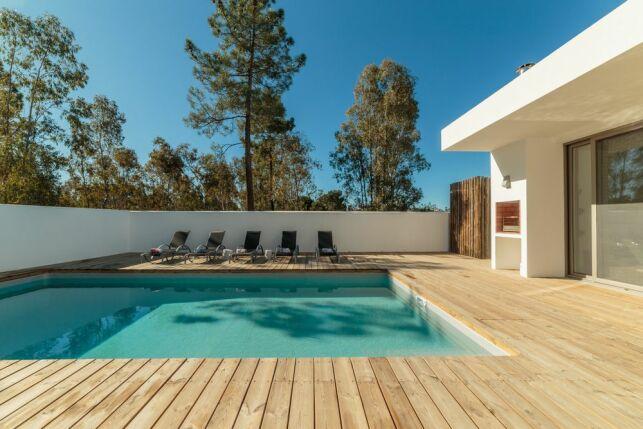 Une piscine avec coffrage permanent