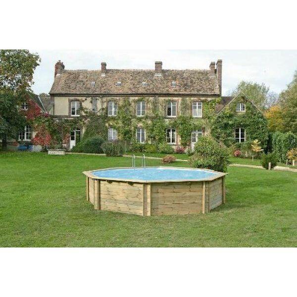 Une Piscine Bois Ronde Su0027adaptera à Tous Les Jardins Quel Que Soit Lu0027