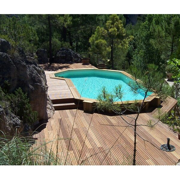 La piscine en bois semi enterr e - Amenagement piscine semi enterree ...