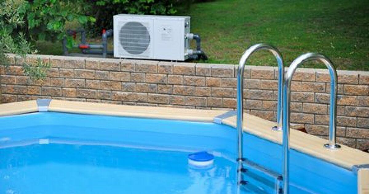 Une piscine en bois sur mesure choissiez votre taille et for Construction piscine en bois