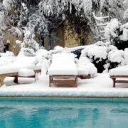 de a z analyse traitement de l eau et entretien d une piscine. Black Bedroom Furniture Sets. Home Design Ideas