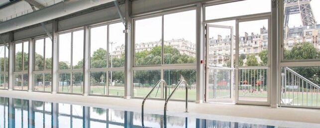 Une piscine éphémère avec vue sur la Tour Eiffel