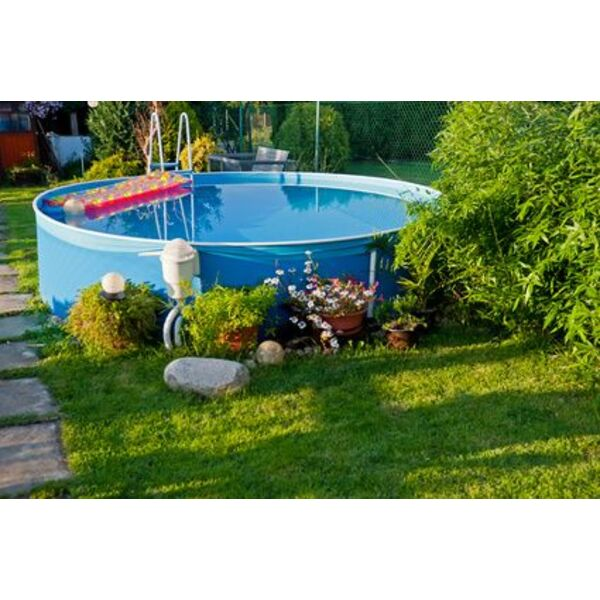 une piscine hors sol dans votre jardin - Amenager Une Piscine Hors Sol