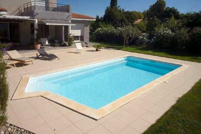 """Une piscine Ibiza pour l'été prochain<span class=""""normal italic petit"""">© Piscines Ibiza</span>"""