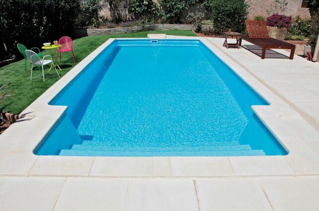Une piscine monocoque