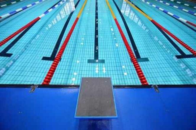 """Une piscine parisienne chauffée par l'eau des égouts<span class=""""normal italic petit"""">© Pavel Losevsky - Fotolia.com</span>"""