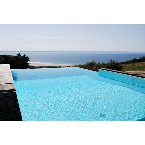 Faites construire votre piscine priv e en corse for Piscine privee