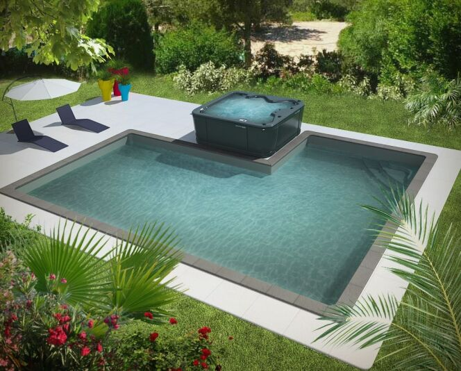 """Une piscine privée en Rhône-Alpes<span class=""""normal italic petit"""">© Aquilus</span>"""