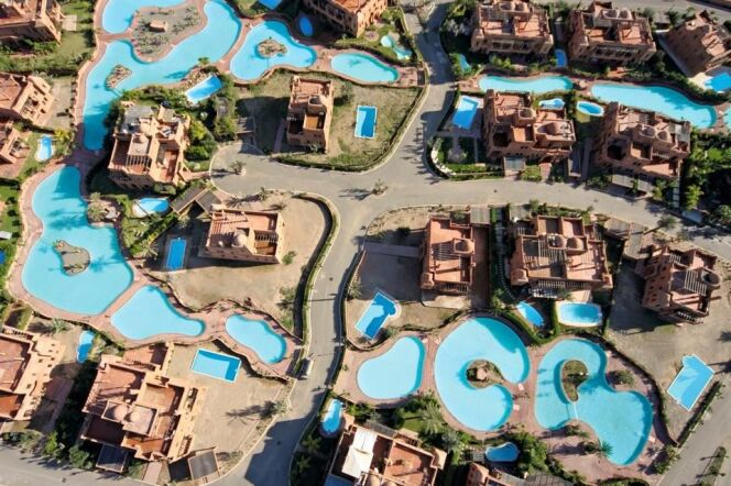 """Une piscine publique hors-norme signée Desjoyaux<span class=""""normal italic petit"""">© Desjoyaux</span>"""