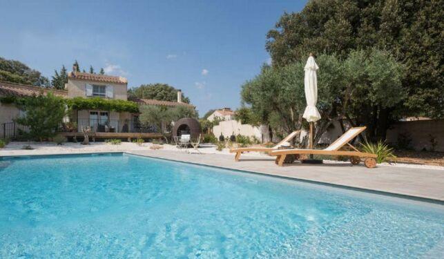 Une piscine qui mêle luxe et authenticité, par Aquilus