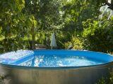 Une piscine tubulaire d'occasion