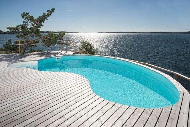 """Une piscine Waterair à prix réduit !<span class=""""normal italic petit"""">© Piscines Waterair</span>"""