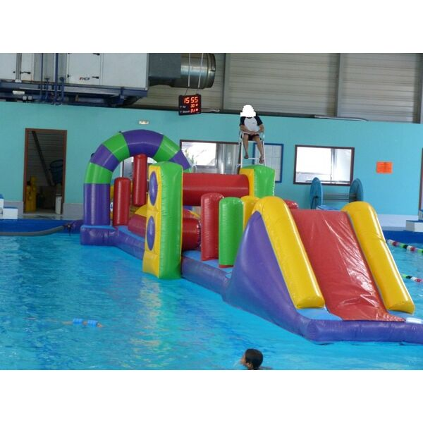 Image structure gonflable piscine for Structure piscine