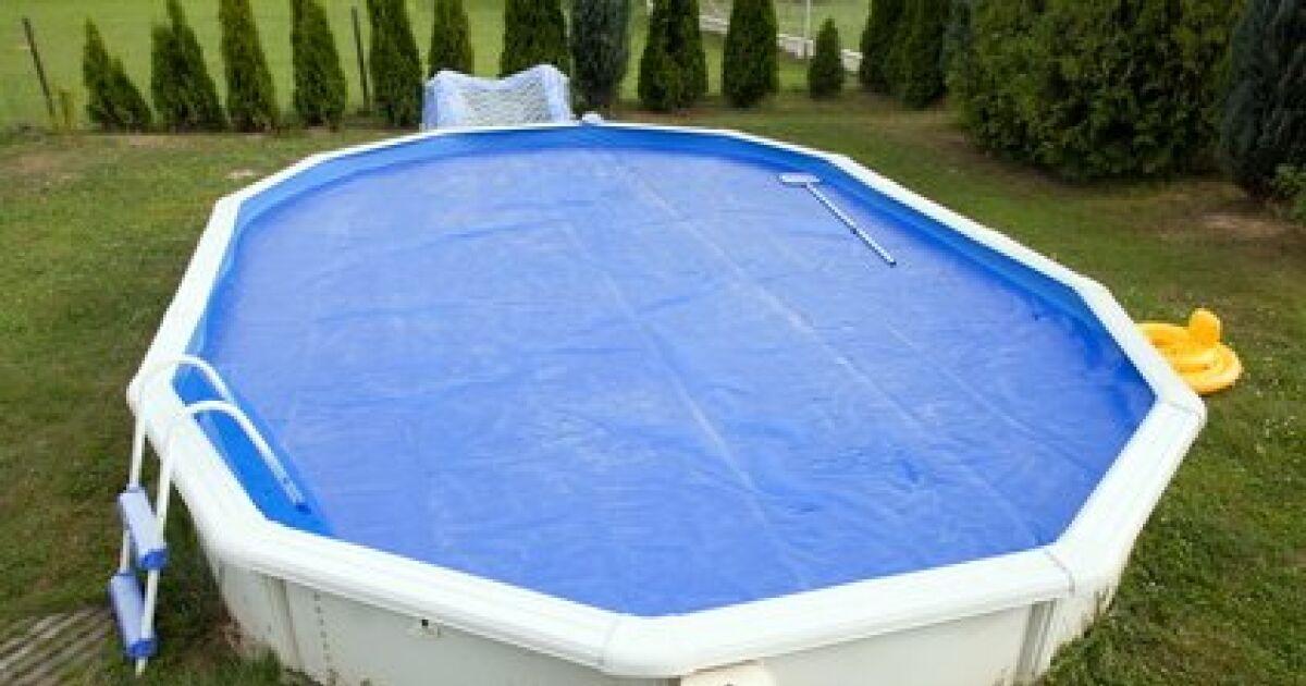 Une b che pour piscine hors sol for Piscine autoportee rectangulaire intex