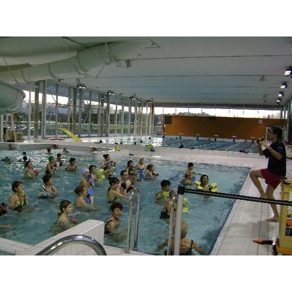 Piscine mourenx horaires tarifs et photos guide - Horaire piscine petit port ...
