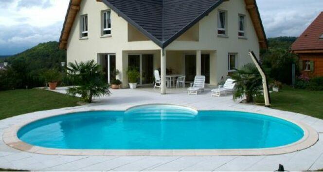 """Une piscine pour me détendre, faire des jeux et du sport<span class=""""normal italic petit"""">© Waterair</span>"""