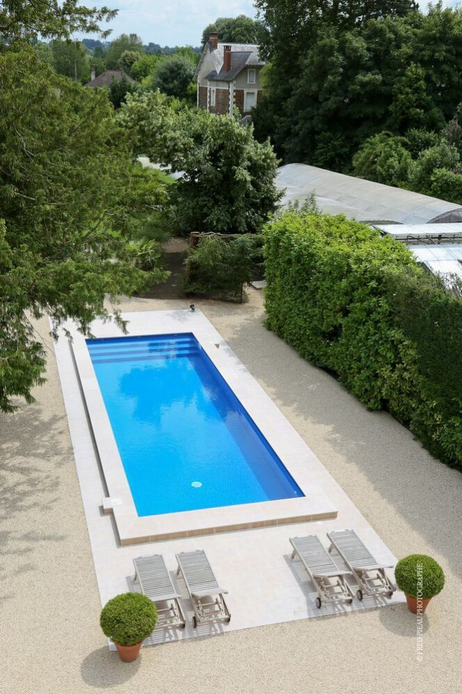 unjourunepiscine mars 2017 grande piscine rectangulaire de type couloir de nage photo 15. Black Bedroom Furniture Sets. Home Design Ideas