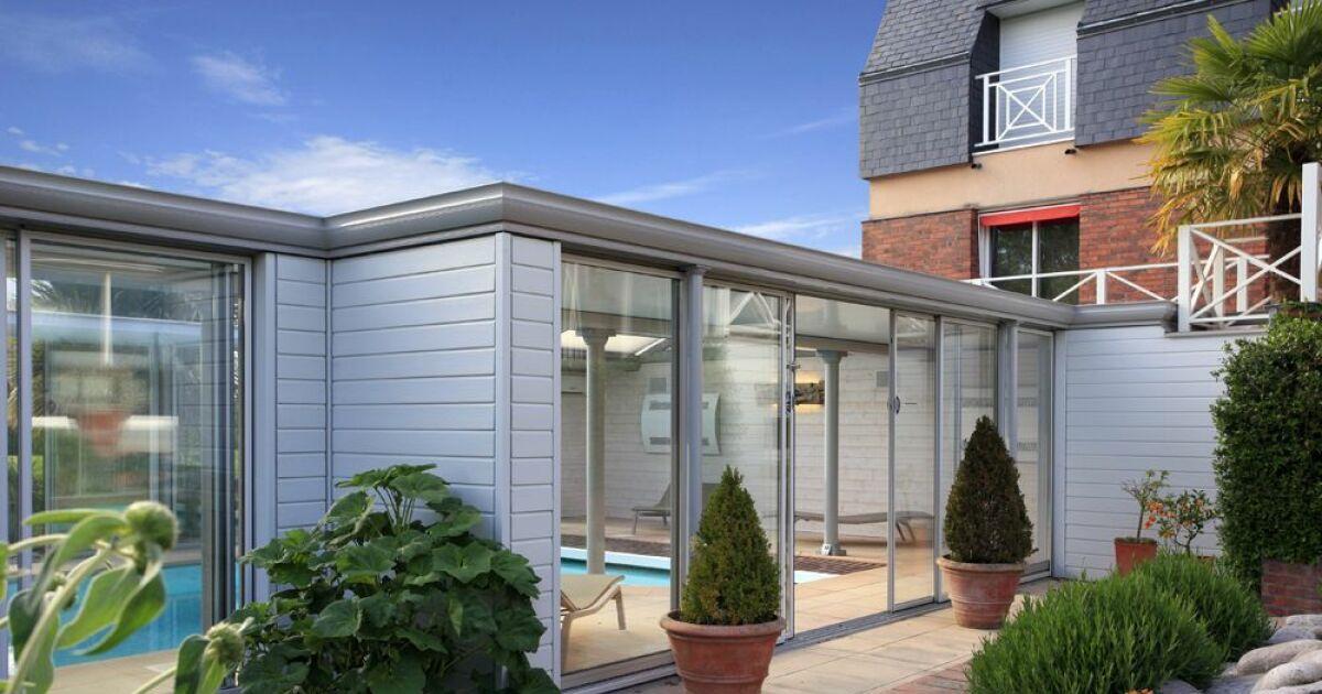 reportage photos abris de piscines en aluminium up abris de piscine photo 2. Black Bedroom Furniture Sets. Home Design Ideas