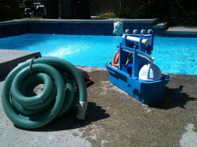 Utiliser une pompe vide-cave pour vider une piscine