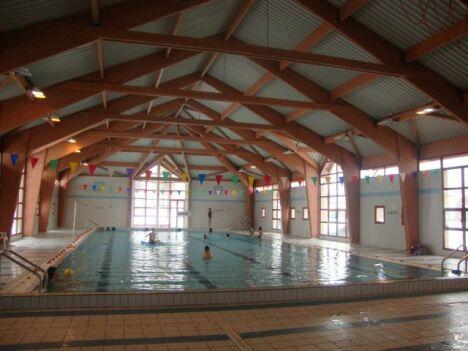 """Le grand bassin de la piscine de Langogne<span class=""""normal italic petit"""">DR</span>"""