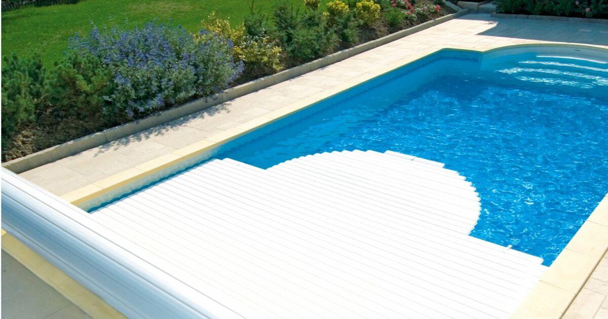 Volet manuel manu par abriblue for Volet piscine