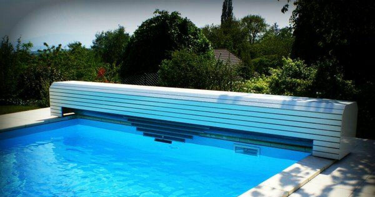 Personnalisez vos volets de piscine avec ocea for Volet polycarbonate piscine
