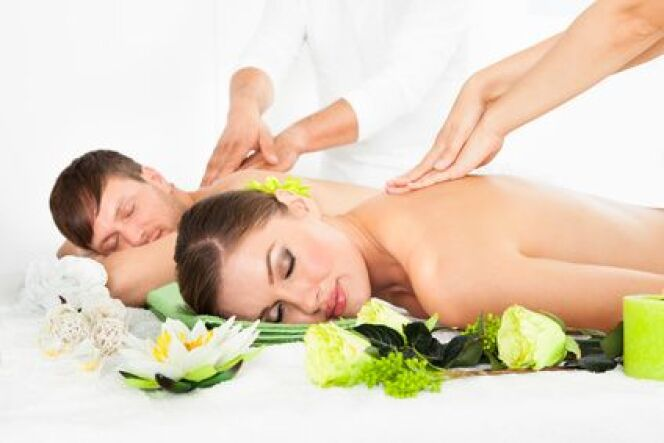 """Un week-end spa en amoureux<span class=""""normal italic petit"""">© apops - Fotolia.com</span>"""