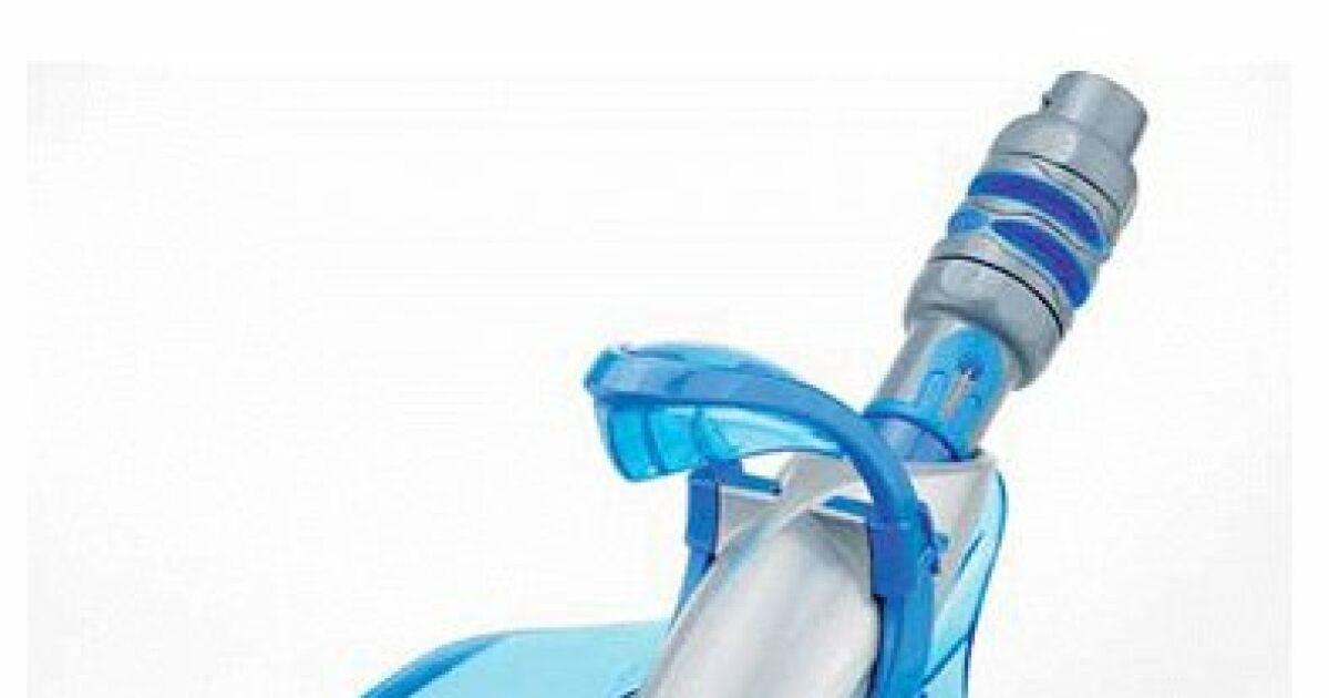Balai automatique piscine zodiac q7 quatro zodiac for Balai fond de piscine