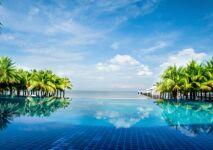 Zoom sur l'entretien et la sécurité piscine sur RMC