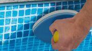 Zoom sur l'éponge magique Easy Pool'Gom de Toucan Productions
