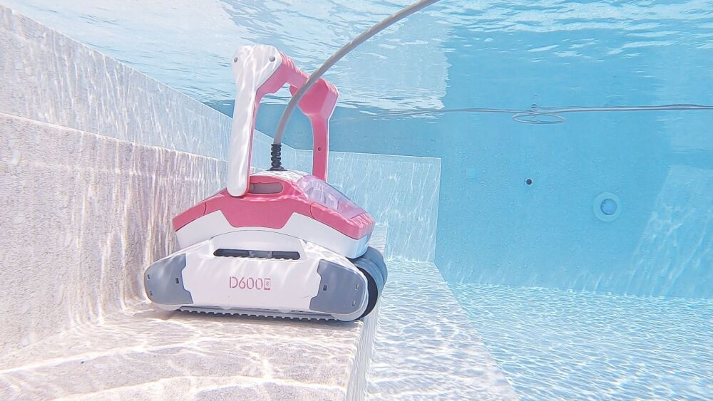 Zoom sur les robots de piscine BWT par Aquabot© Aquabot